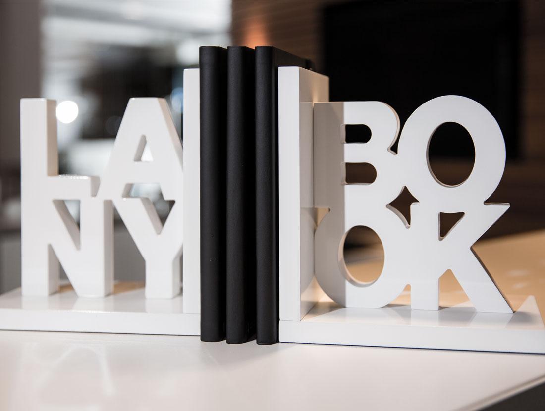 World of Lanybook   Lanybook